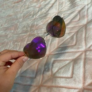 Multicolor Heart Shaped Avaiator Sunglasses